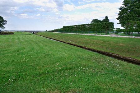 peterhof: Peterhof Palace. Lower Park gardens. Saint-Petersburg, Russia- JUNE 3, 2015