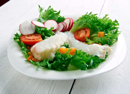 seared: Seared cod salad - Northern Irish dish.