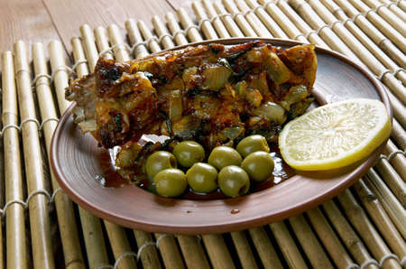 lave: Roast lamb with laver sauce. Welsh cuisine. Stock Photo