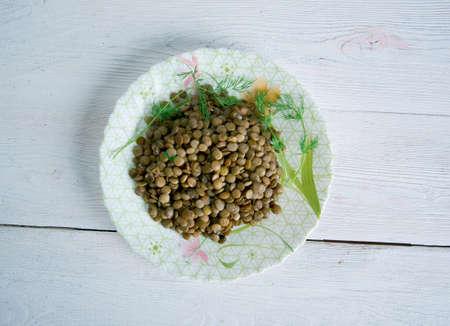 lenteja: Lenticchie saporite agli Aromi - plato de lentejas italiana Foto de archivo