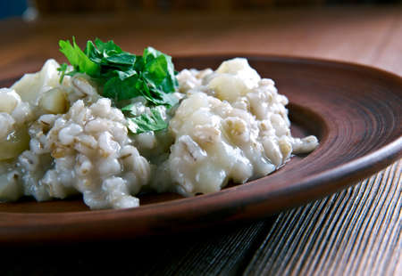 estonian: Mulgipuder - Estonian cereal with barley and potatoes. Prepares winter. Baltic cuisine