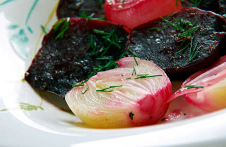 remolacha: Balsamic Roasted Beet  and Onion
