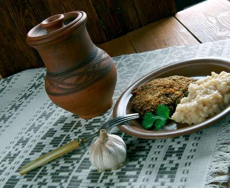 pork chop: Fasolica - mash beans  and pork chop. Moldovan cuisine