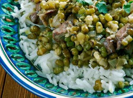 moong: Shola goshti - Afghan Sticky rice with Moong beans and stew