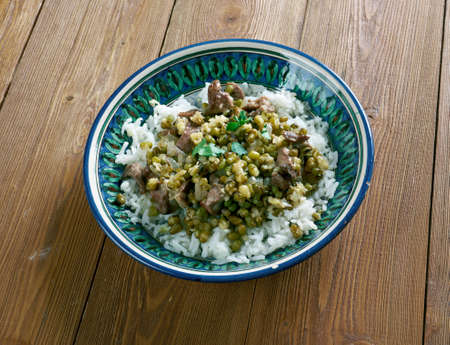 afghan: Shola goshti - Afghan Sticky rice with Moong beans and stew