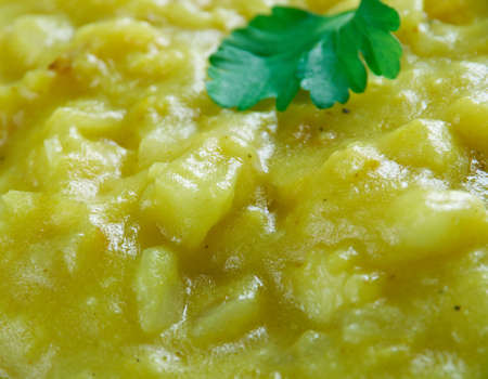 austrian: Apfelsuppe - Austrian apple soup
