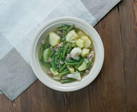 carne picada: Schnippelbohnensuppe - sopa alemana con picadillo de carne y beans.It verde es muy popular en la regi�n del Rin