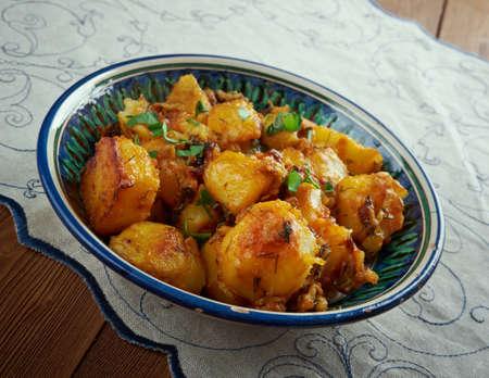 lebanese: Lebanese Garlic Potatoes with Cilantro