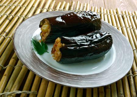 Taze Patl?can Dolmas? Tarifi .Turkish cuisine Eggplants  stuffed with meat and rice Stok Fotoğraf - 62077714