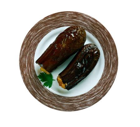 Taze Patl?can Dolmas? Tarifi .Turkish cuisine Eggplants  stuffed with meat and rice Stok Fotoğraf - 62841032