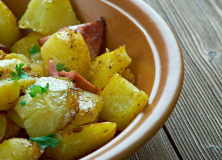 pomme de terre: Bratkartofle  - Polish Home fries close up