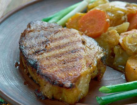 loci pechene Hungarian dish of pork