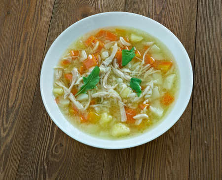 sopa: Canja de galinha Portuguese soup with chicken and rice