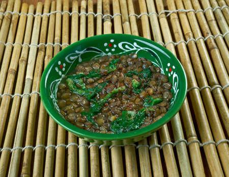 lenteja: Adas Bsbaanegh Lentil And Spinach Soup