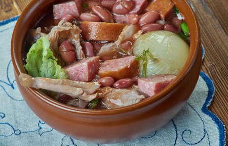 Crock Pot Ham and Bean Soup Stock Photo - 133456245