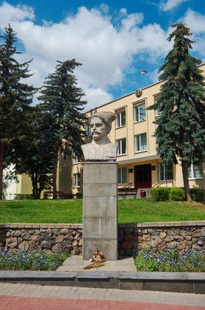 Monument au commandant de l'armée rouge Chapayev. Grodno, Biélorussie. 7 juillet 217 Banque d'images - 82711909