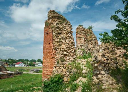 Castello di Kreva. Rovine di una grande residenza fortificata dei Granduchi di Lituania. Archivio Fotografico - 83697410