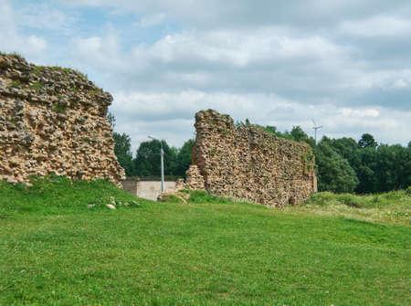 Castello di Kreva. Rovine di una grande residenza fortificata dei Granduchi di Lituania. Archivio Fotografico - 85114505