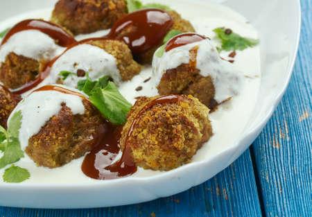turkish ravioli - Bayat Ekmek Mantisi, Turkish Cuisine Stock fotó