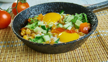 Chickpea Breakfast Hash with Summer Veggies, this chickpea and vegetable breakfast skillet Stock Photo
