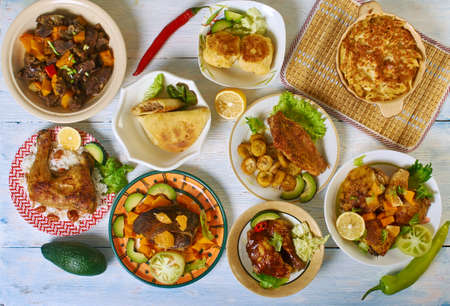 Cuisine des Caraïbes, Plats traditionnels assortis, Vue de dessus.