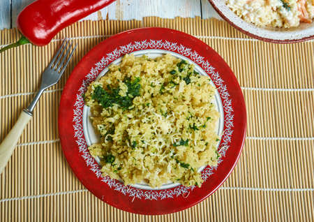 One Pot Creamy Spinach Parmesan Orzo 스톡 콘텐츠