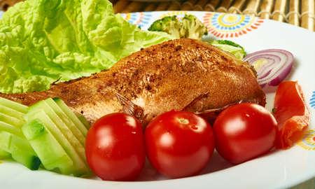 Pargo Rojo marinado - mexicano Pescado Entero, Whole fried Fish, Red Snapper served