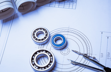 技術的な図面と軸受でカリパス