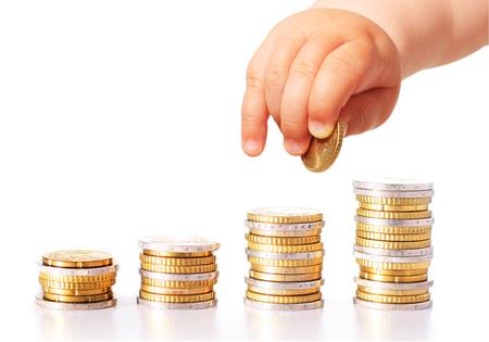 Baby Hand und Geld isoliert über weiß Standard-Bild - 72445301