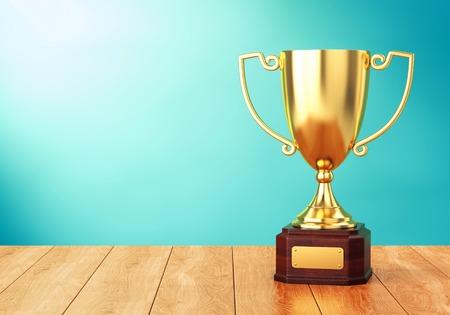 Gouden trofee cup op houten tafel over blauwe muur. 3D illustratie van sport award goblet