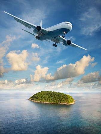 composition vertical: Volo in paradiso. Estate tema di vacanza. Composizione verticale in altissima risoluzione.
