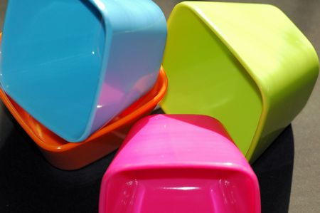 tupperware: dishes