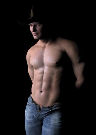 nackte brust: Cowboy in der Dunkelheit