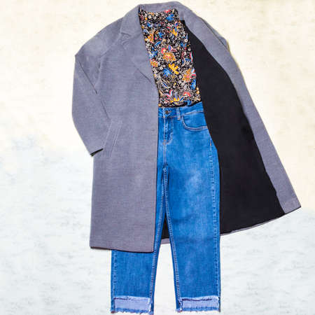 Color woman autumn coat shirt jeans set isolated 免版税图像 - 156197177