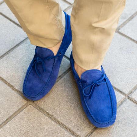 Men's classic blue shoes close up 免版税图像 - 156279504