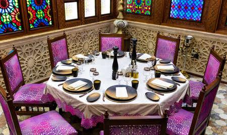 Old style arabic restaurant room interior 免版税图像