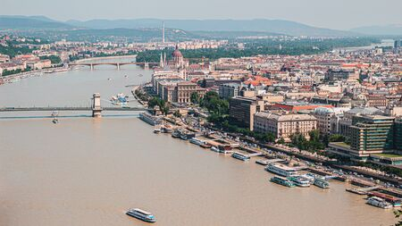 Budapest cityscape from above, central district with parliament building and Danube river, Hungary. Stockfoto