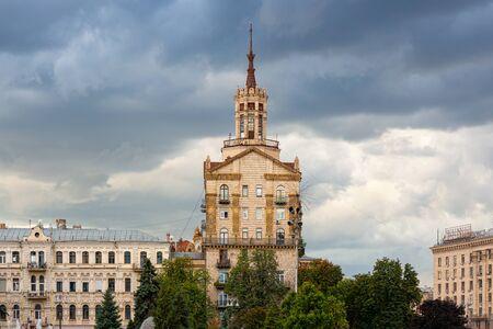 Buildings on the Maidan Nezalezhnosti and Khreshchatyk street in Kyiv city, Ukraine. Stockfoto
