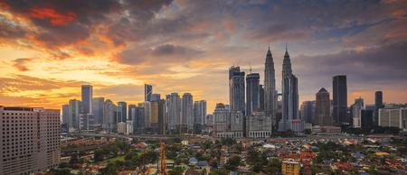 City of Kuala Lumpur, Malaysia at sunrise 免版税图像 - 123785467