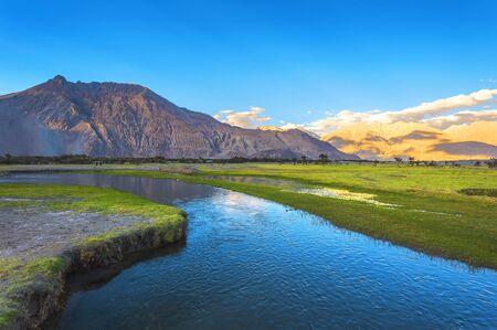 Beautiful scenery Pangong Lake, Leh Ladakh, India 免版税图像
