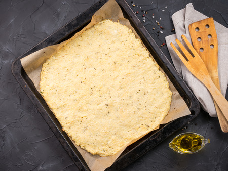 homemade cauliflower pizza crust dough Archivio Fotografico
