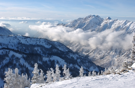 Mountains view from summit of Snowbird skiing resort, Utah Standard-Bild