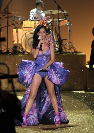 NEW YORK - NOVEMBER 10: Singer Katy Perry performs during the 2010 Victoria's Secret Fashion Show on November 10, 2010 at the Lexington Armory in New York City.  Stock Photo - 18431463