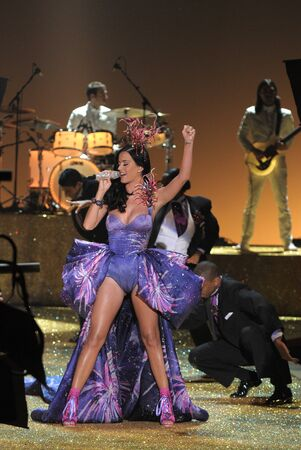 NEW YORK - NOVEMBER 10: Singer Katy Perry performs during the 2010 Victoria's Secret Fashion Show on November 10, 2010 at the Lexington Armory in New York City.  Stock Photo - 18431495