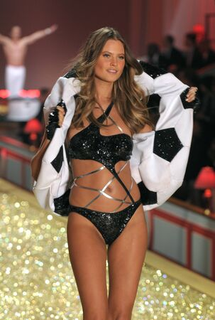 NEW YORK - NOVEMBER 10: Victoria's Secret Fashion Show model walks the runway during the 2010 Victoria's Secret Fashion Show on November 10, 2010 at the Lexington Armory in New York City.  Stock Photo - 18431886
