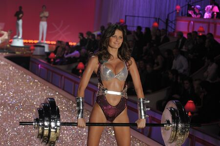 NEW YORK - NOVEMBER 10: Victoria's Secret Fashion Show model walks the runway during the 2010 Victoria's Secret Fashion Show on November 10, 2010 at the Lexington Armory in New York City.  Stock Photo - 18431462