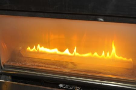 chemin�e gaz: Feu br�lant du gaz � la chemin�e