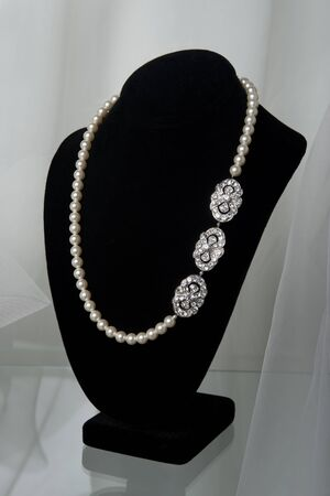 diamond necklace: Bridal jewelery at the stand