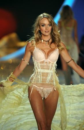 lindsay: NEW YORK, NY - NOVEMBER 13: Model Lindsay Ellingson walks the runway at the 2013 Victorias Secret Fashion Show at Lexington Avenue Armory on November 13, 2013 in New York City. Editorial