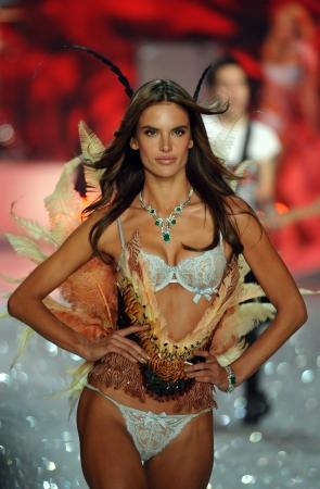 armory: NEW YORK, NY - NOVEMBER 13: Model Alessandra Ambrosio walks in the 2013 Victorias Secret Fashion Show at Lexington Avenue Armory on November 13, 2013 in New York City.  Editorial